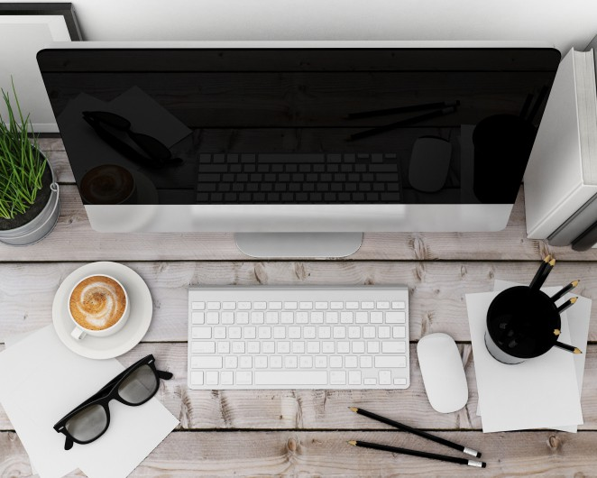 Modern computer for blogging.